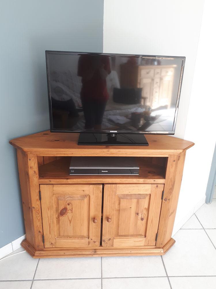 Meuble TV d'angle en pin massif  150 La Motte-Servolex (73)