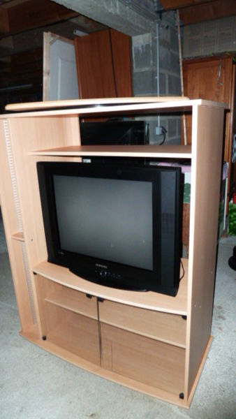 meubles colonne occasion dans l 39 indre et loire 37 annonces achat et vente de meubles colonne. Black Bedroom Furniture Sets. Home Design Ideas