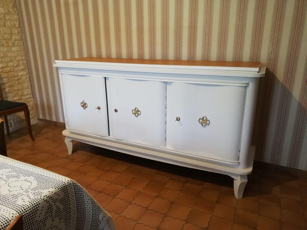 meuble bahut bas 3 portes 270 Notre-Dame-de-Sanilhac (24)