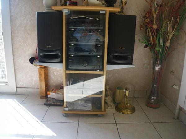meuble chaine hifi et rangement cd tres bon état  40 Aubagne (13)