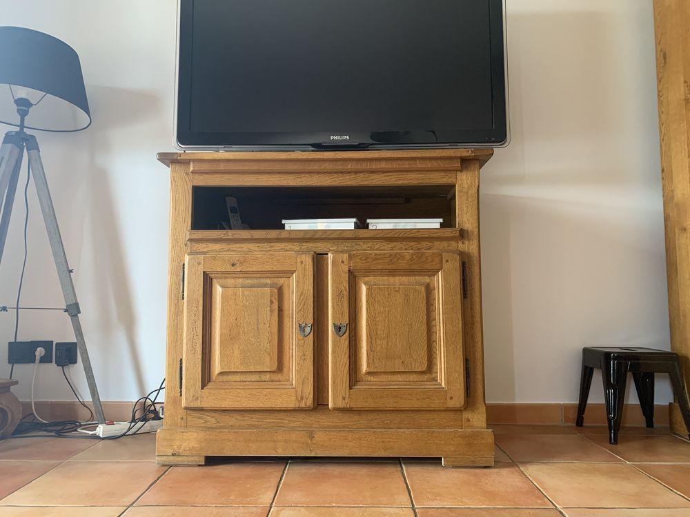 Meuble Tv en chêne massif  300 Saint-Maximin-la-Sainte-Baume (83)