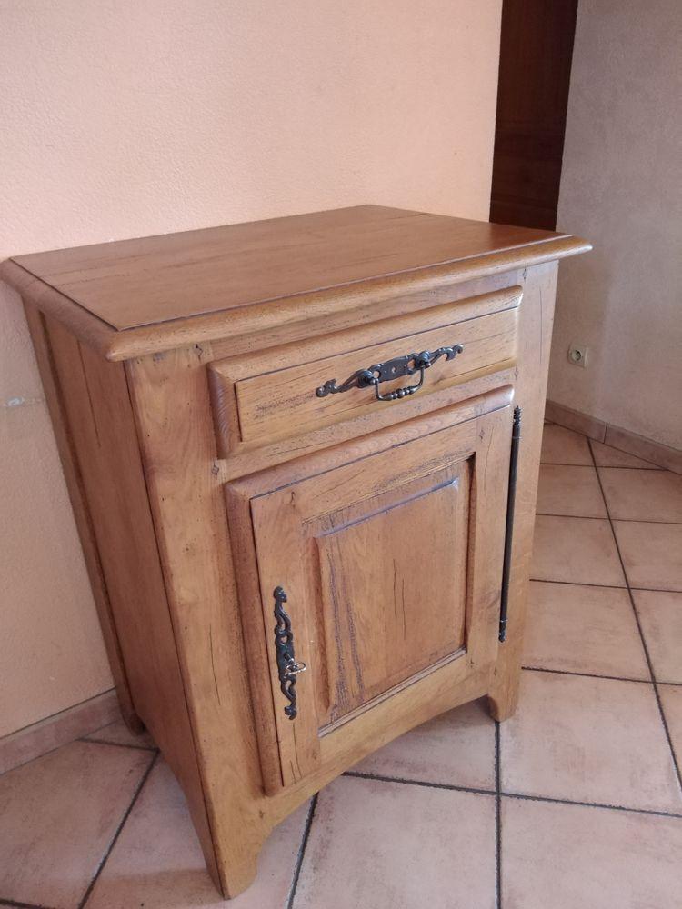 meuble confiturier 290 Chevry-Cossigny (77)