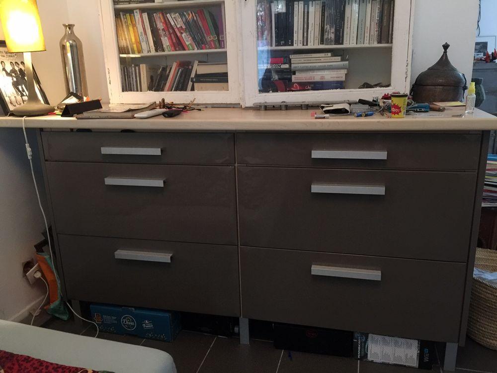 meubles de cuisine occasion annonces achat et vente de meubles de cuisine paruvendu. Black Bedroom Furniture Sets. Home Design Ideas
