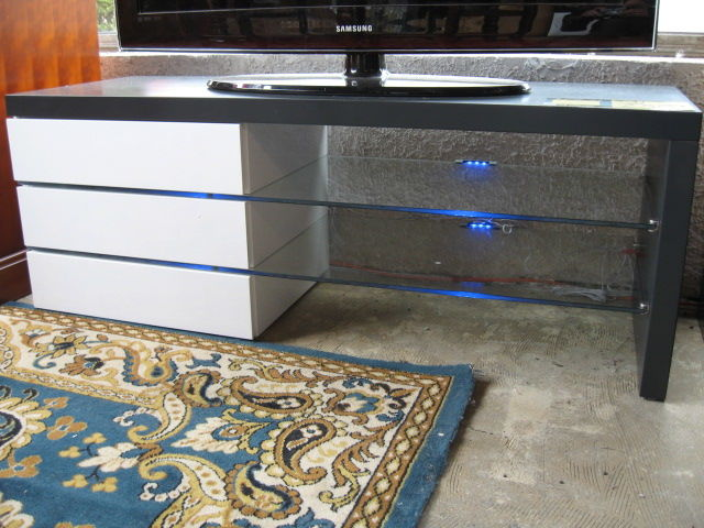 Meuble TV  Design  NEUF !      250 Toulouse (31)
