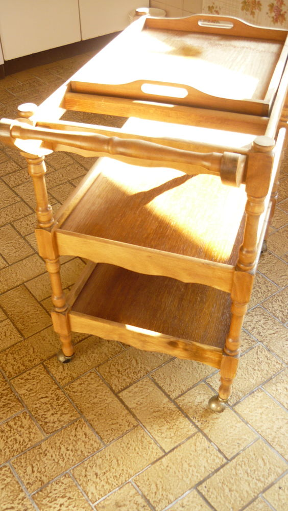 meuble desserte de table en bois  style chariot roulant  80 Châtillon-en-Vendelais (35)