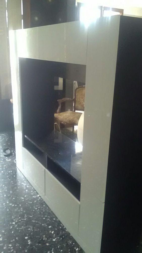Meuble TV grand espace de rangement. 120 Aix-en-Provence (13)