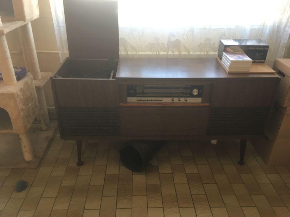 meuble Grundig tourne disque et  Radio référence   KS 754  100 Sens (89)