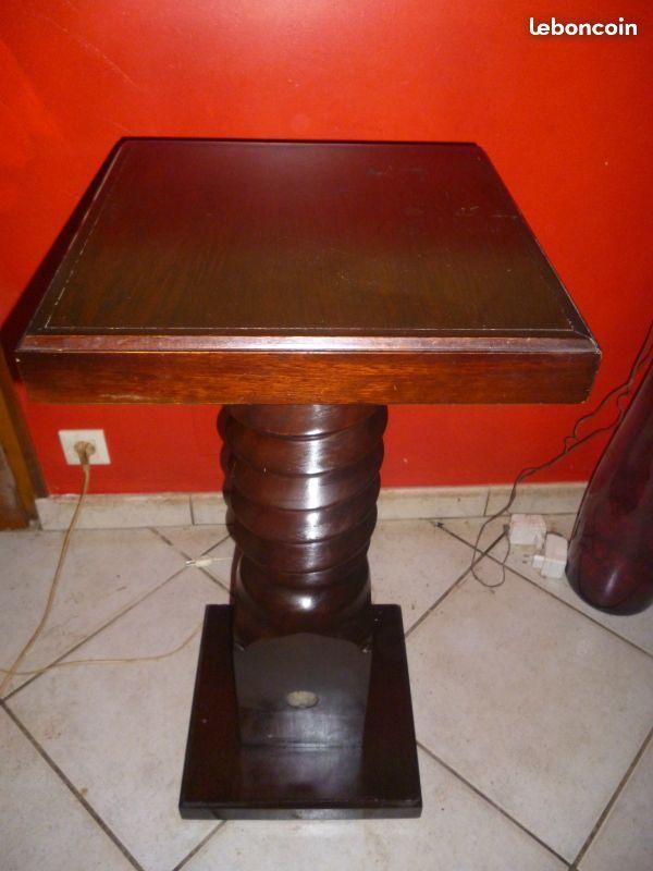 Meuble pour grande lampe 150 Saint-Martin-d'Oney (40)