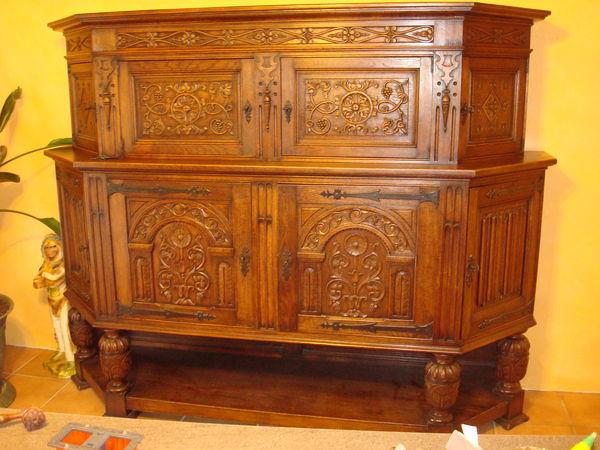 meubles renaissance occasion annonces achat et vente de meubles renaissance paruvendu. Black Bedroom Furniture Sets. Home Design Ideas