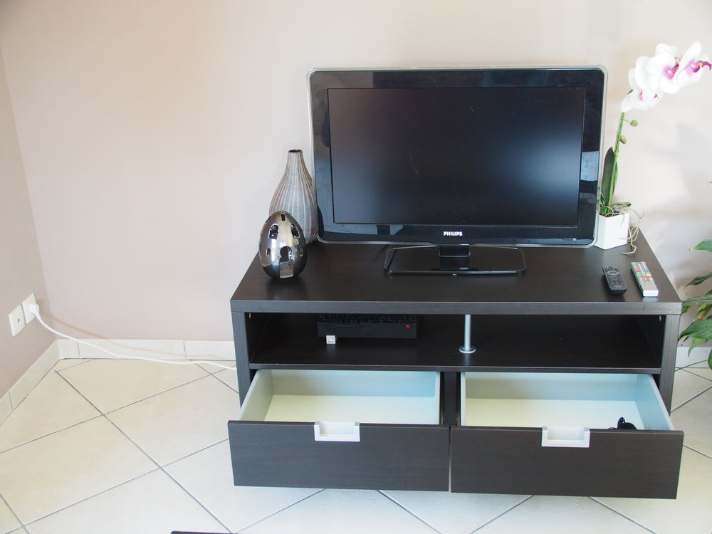 Achetez meuble tv quasi neuf annonce vente le taillan - Cherche meuble tv ...