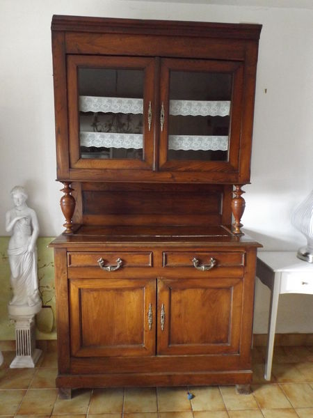 meubles rustiques occasion saint nazaire 44 annonces achat et vente de meubles rustiques. Black Bedroom Furniture Sets. Home Design Ideas