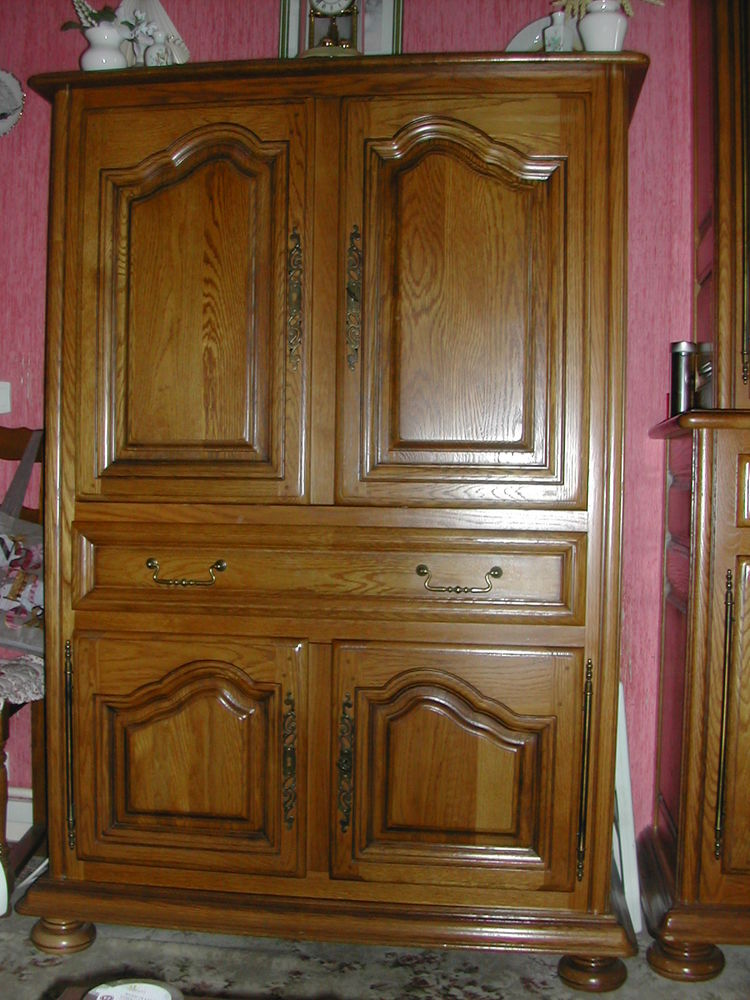 Meuble HI- FI- TV style rustique chêne clair. TBE 120 Dammarie-les-Lys (77)