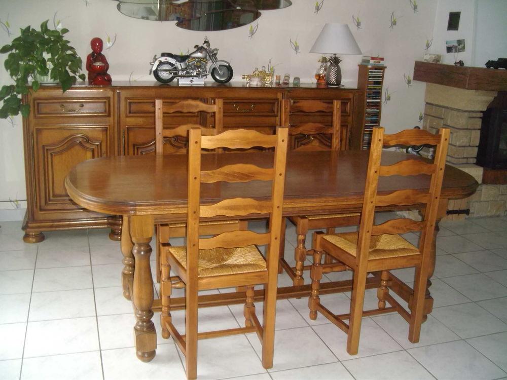 Meuble, table et chaises salle à manger 350 Bouguenais (44)