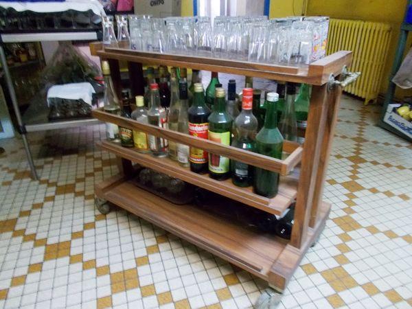 Meuble table chariot bar sur roulettes 1950/60 original  600 Monflanquin (47)
