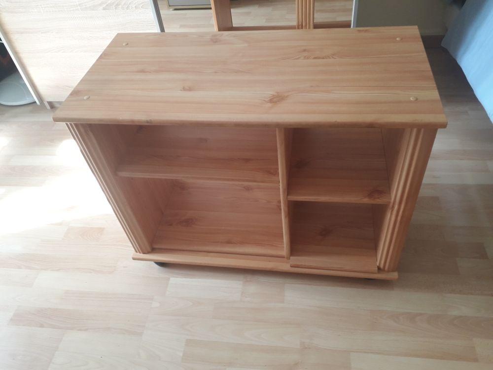 meuble télé en pin hauteur 64 cm largeur 40.5 cm longueur 83 cm à prendre sur place 25 Pleyben (29)