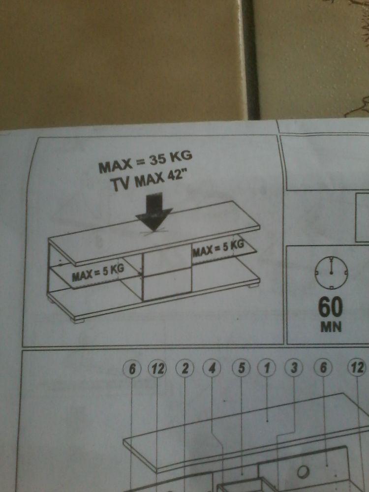 Meuble de télé moderne  neuf  emballages  75 Tourcoing (59)