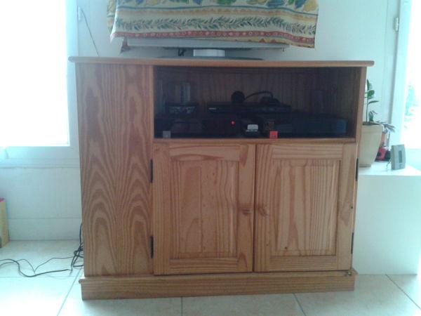 meubles de rangement pin occasion dans les hauts de seine 92 annonces achat et vente de. Black Bedroom Furniture Sets. Home Design Ideas