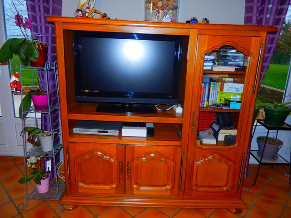 meuble télé 150 Domagné (35)
