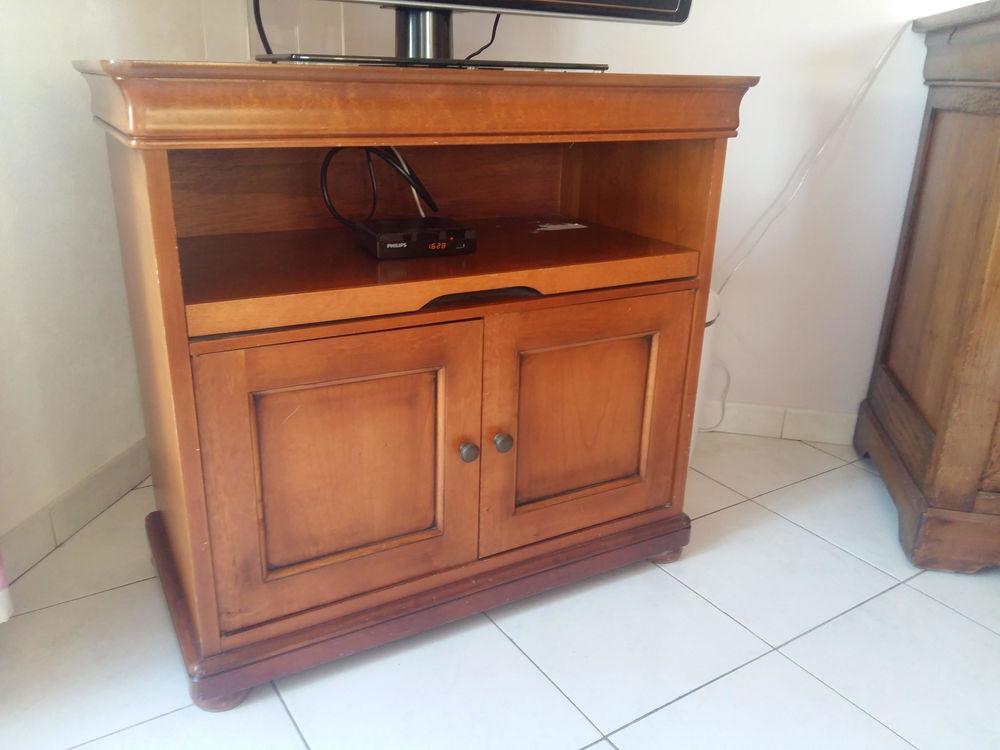 meubles occasion annonces achat et vente de meubles paruvendu mondebarras page 91. Black Bedroom Furniture Sets. Home Design Ideas
