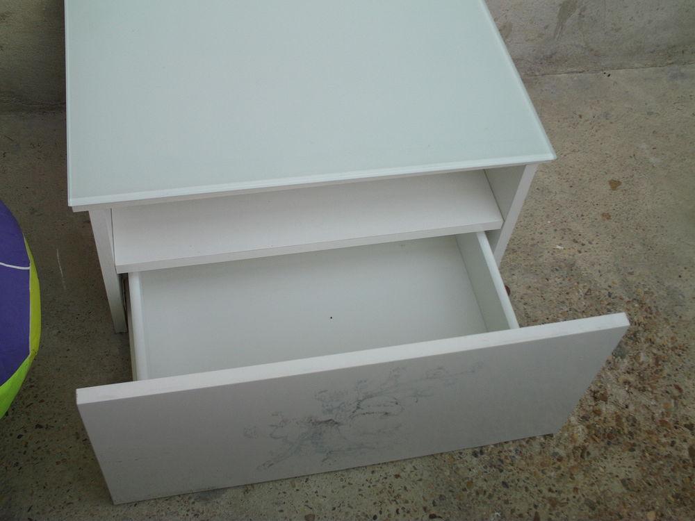 Meuble tiroir blanc + Verre trempé opaque N° 640 10 Bragny-sur-Saône (71)