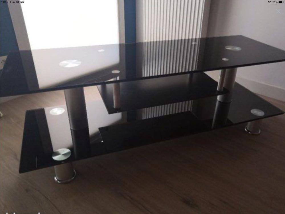Meuble TV en verre noir Meubles