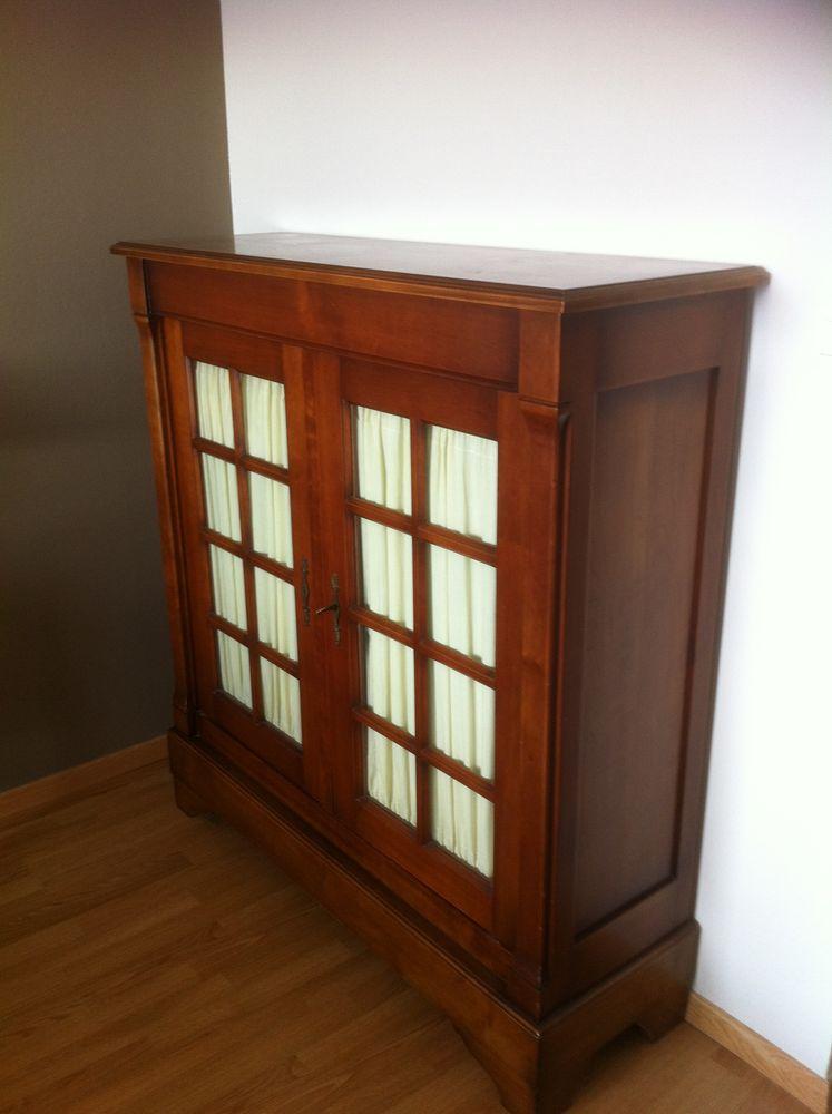 vitrines occasion annemasse 74 annonces achat et vente de vitrines paruvendu mondebarras. Black Bedroom Furniture Sets. Home Design Ideas