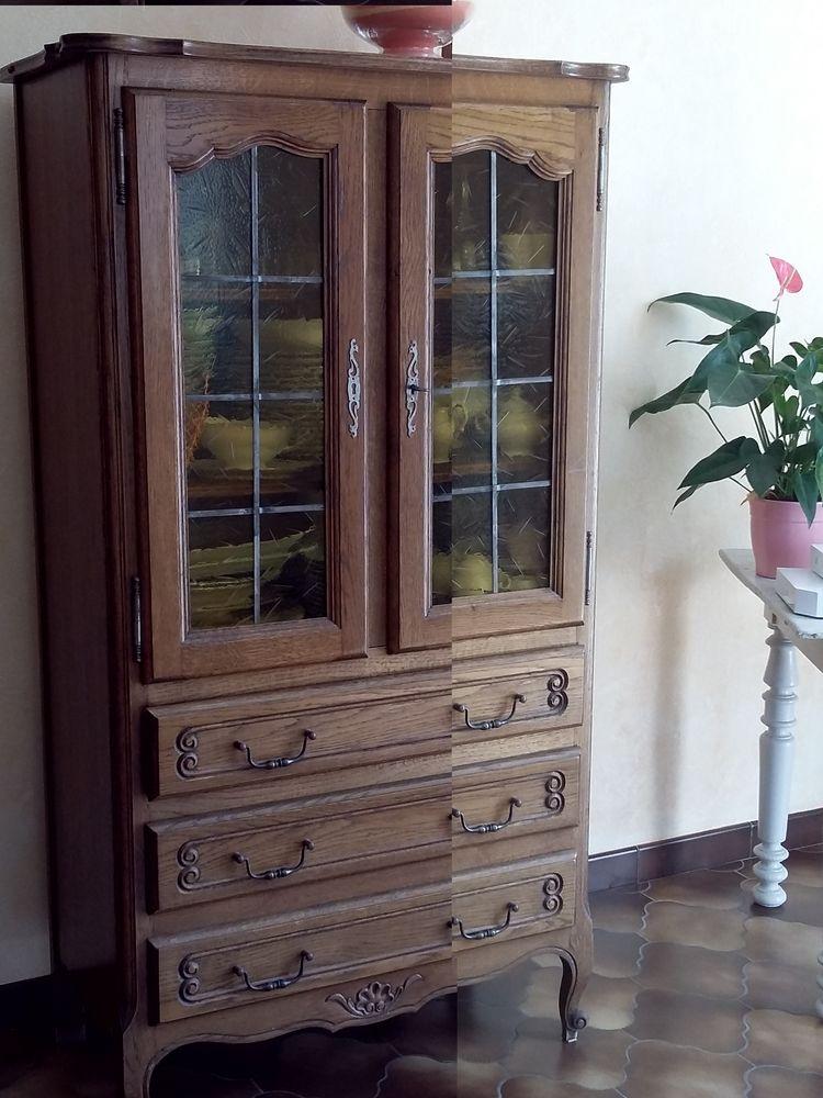 Meuble vitrine 45 Beaulieu-sous-la-Roche (85)