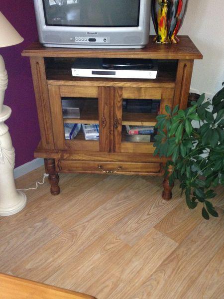 Achetez meuble tv a vendre occasion, annonce vente à ArpajonsurCère (15) WB -> Meuble Tv DOccasion A Vendre