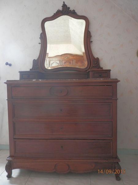 chiffonniers occasion annonces achat et vente de chiffonniers paruvendu mondebarras page 12. Black Bedroom Furniture Sets. Home Design Ideas