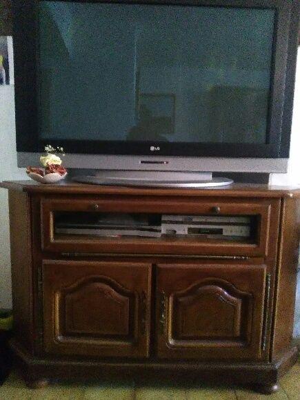 2 meubles TV Hi Fi bois et autres rangements 50 Saint-Cyr-sur-Mer (83)
