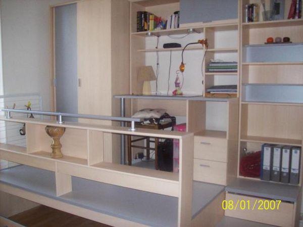Achetez meubles chambre avec occasion annonce vente chilly 74 wb154274232 - Lit cache sous podium ...