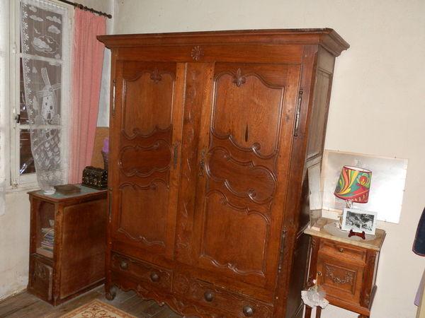meubles occasion grillon 84 annonces achat et vente de meubles paruvendu mondebarras. Black Bedroom Furniture Sets. Home Design Ideas