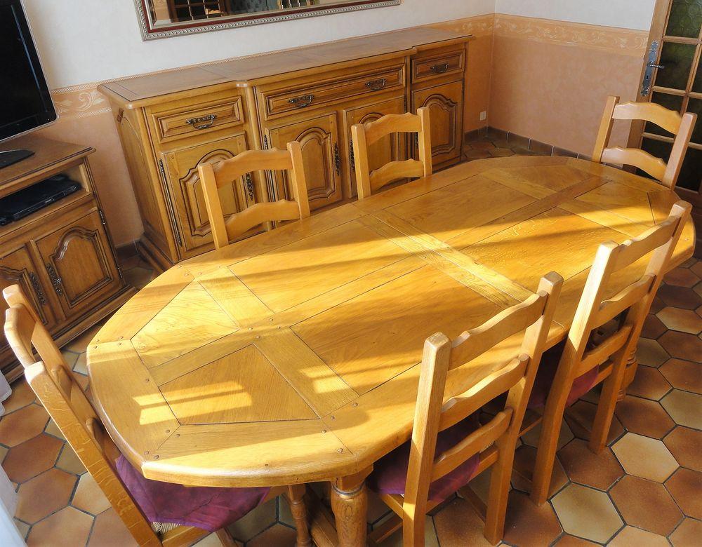 Meubles salle à manger - 100% chêne massif - Etat NEUF 750 Guillac (56)