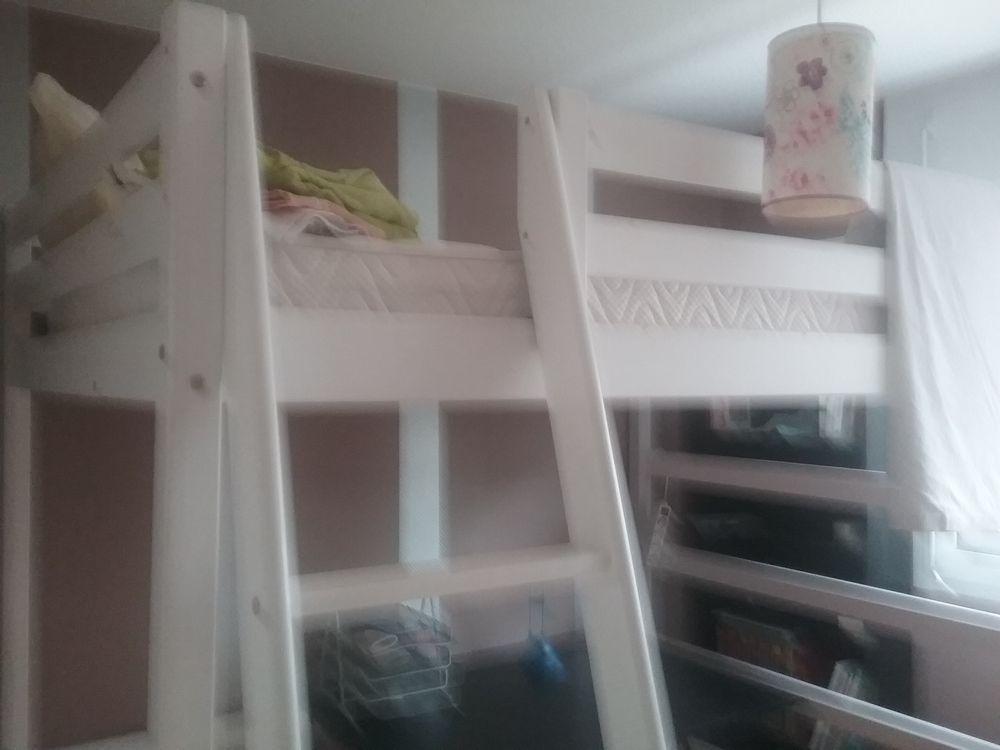 lits mezzanine occasion bordeaux 33 annonces achat et vente de lits mezzanine paruvendu. Black Bedroom Furniture Sets. Home Design Ideas