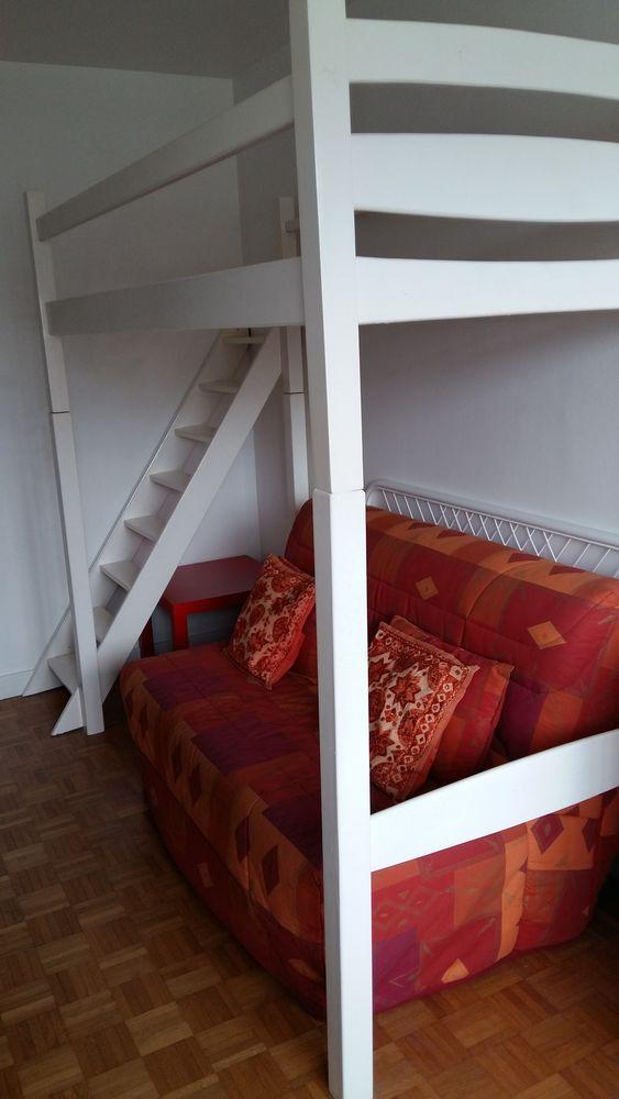Mezzanine bois laqué blanc 120 Paris 20 (75)
