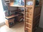 Lit mezzanine + bureau + armoire en Pin massif 0 Rueil-Malmaison (92)