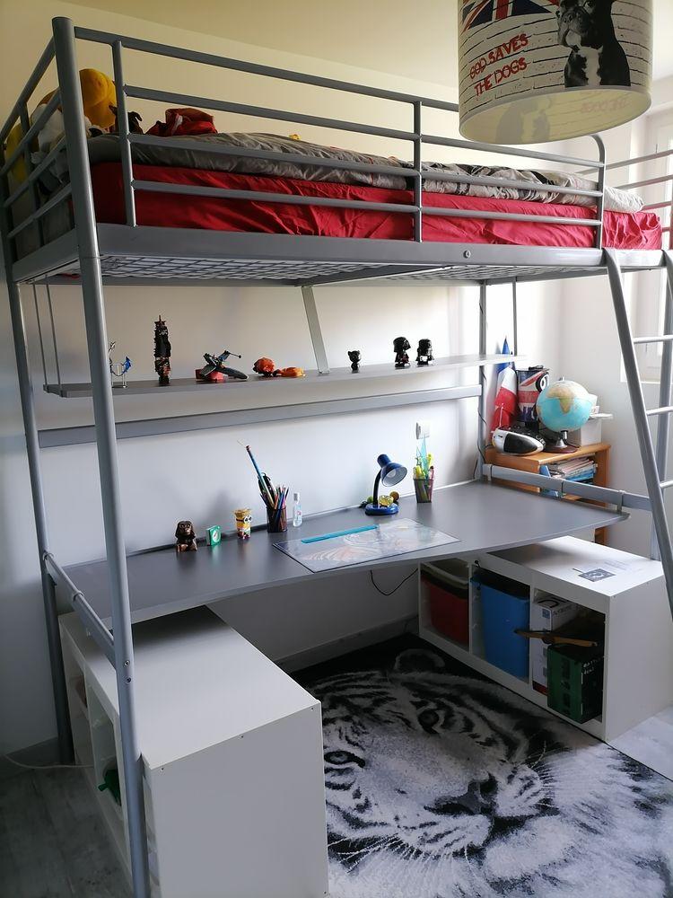 Lit mezzanine  bureau/ rangement caisses et jeux offerts 135 Savigny-sur-Orge (91)