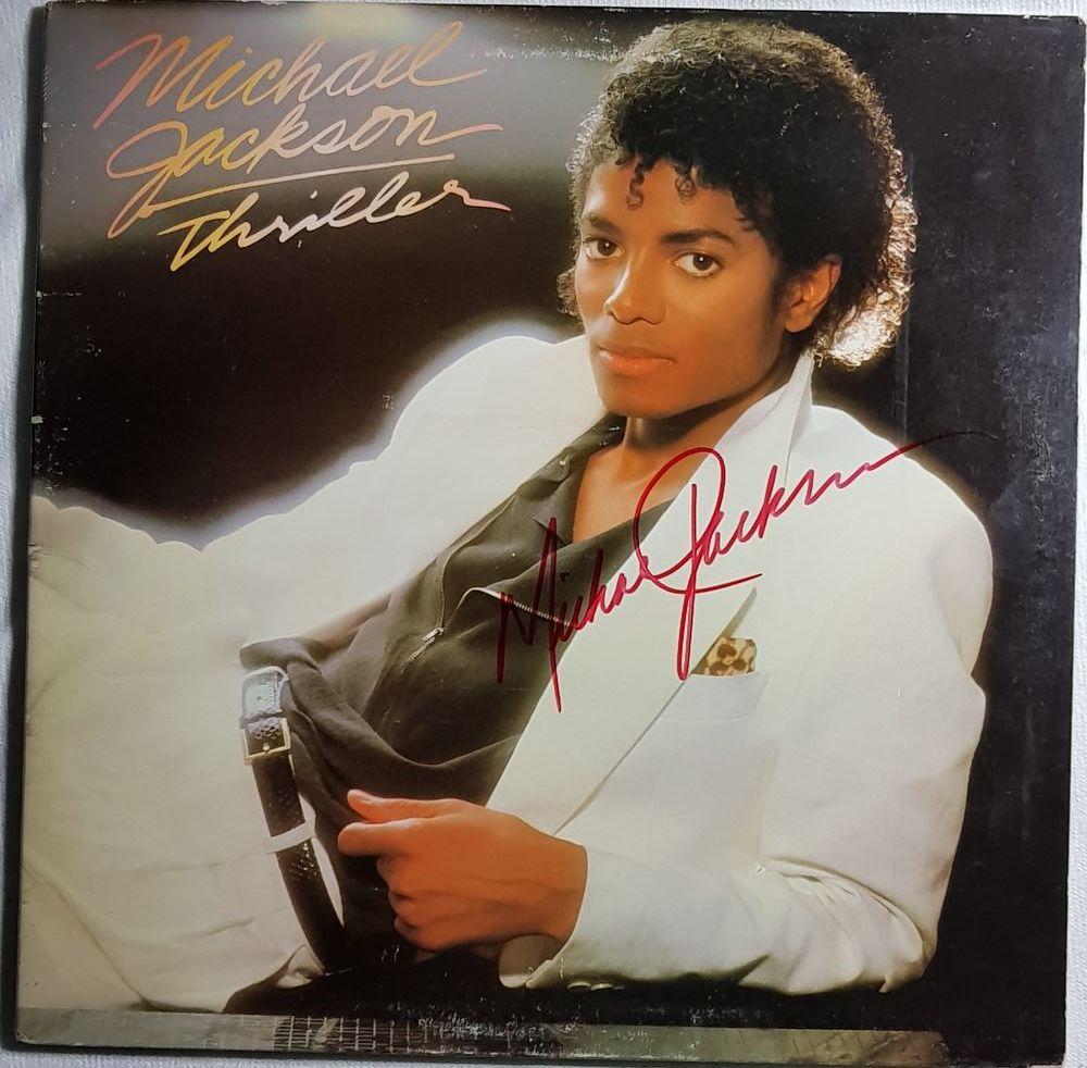 MICHAEL JACKSON Signé -  LP THRILLER EO 1982 + picture disc  2500 Mont-de-Marsan (40)