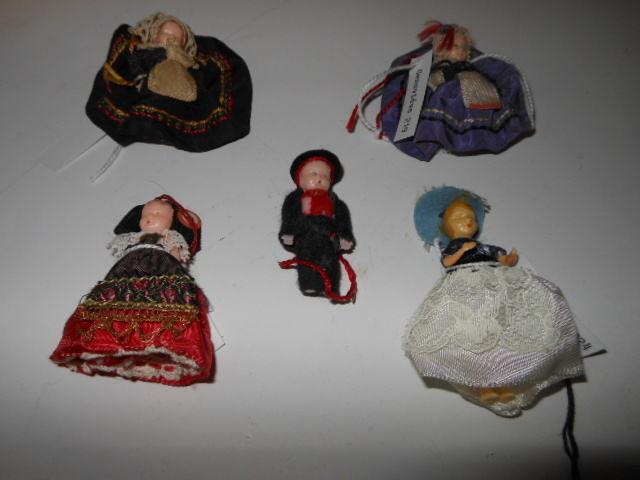 lot de 5 micro poupées pa68 19 Grézieu-la-Varenne (69)