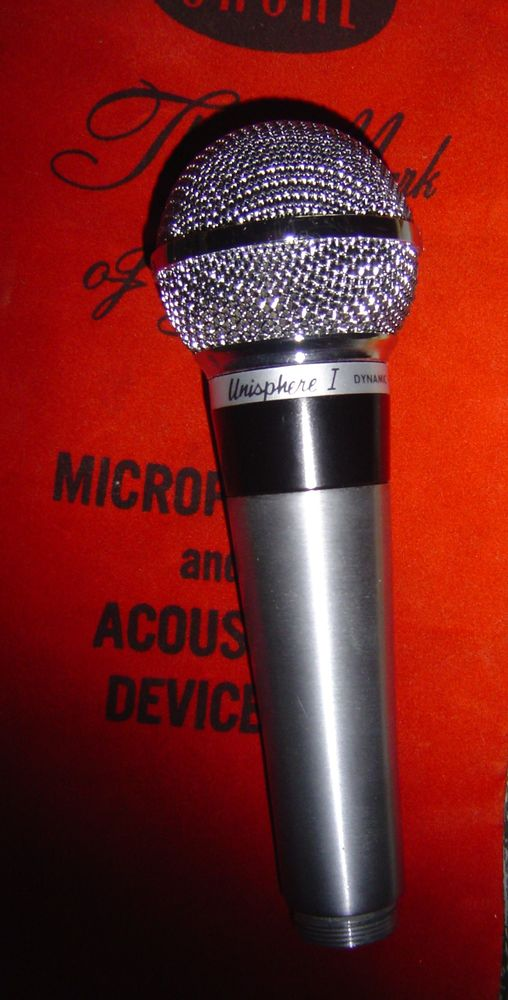 MICROPHONE  SHURE 0 Caumont (09)