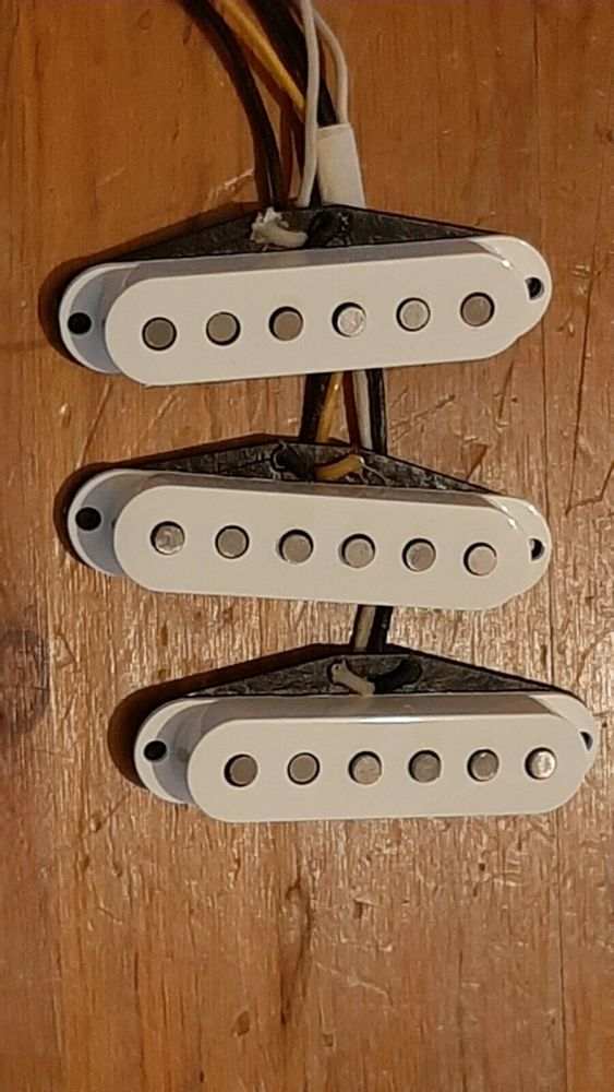 Set micros Fender Texas Special 175 Reims (51)