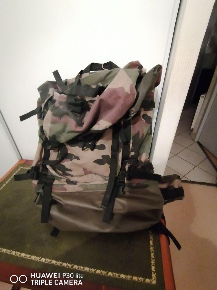 Sac à dos militaire 120 Crampagna (09)