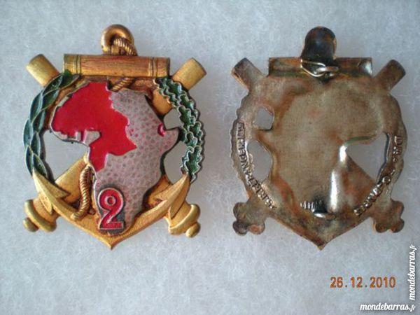 MILITARIA  Insignes 10 Saint-Raphaël (83)