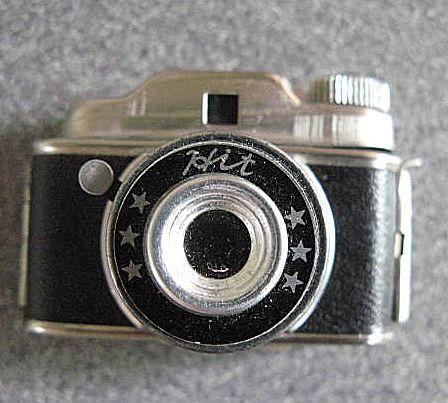 Mini appareil photo argentique de marque Hit collector 1950 300 Uzès (30)