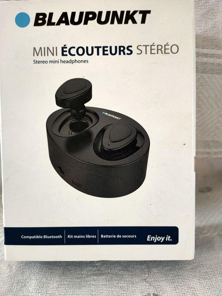 Mini écouteurs blaupunkt stéréo wifi 0 Le Fauga (31)