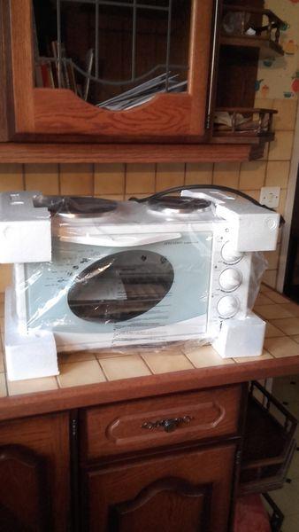 plaques de cuisson occasion dans le loiret 45 annonces. Black Bedroom Furniture Sets. Home Design Ideas