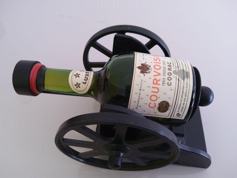 Miniature Cognac COURVOISIER 3 étoiles 10 Sorbiers (42)