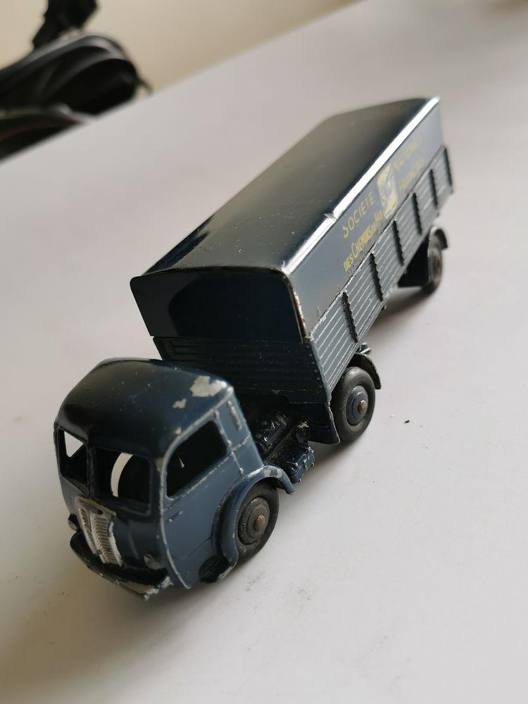 Miniature Dinky Toys 180 Arcueil (94)