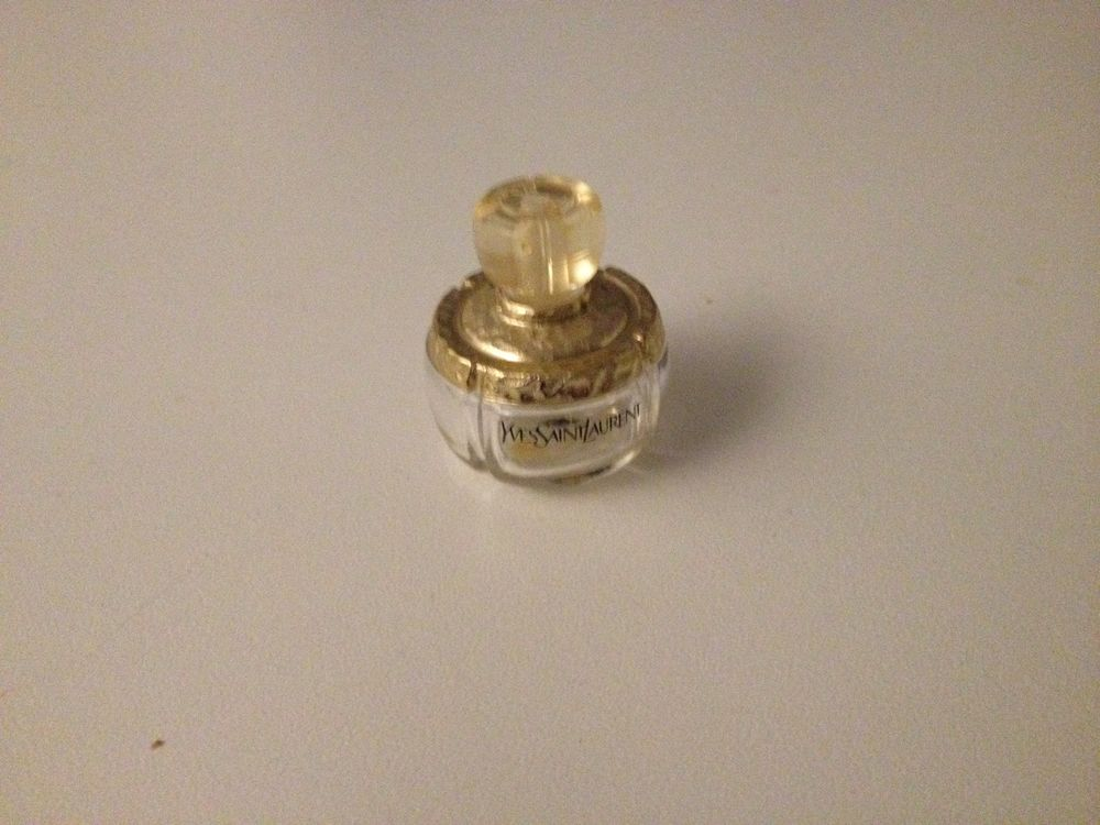 Miniature de parfum - Ancien Champagne - Yves Saint Laurent 4 Paris 16 (75)