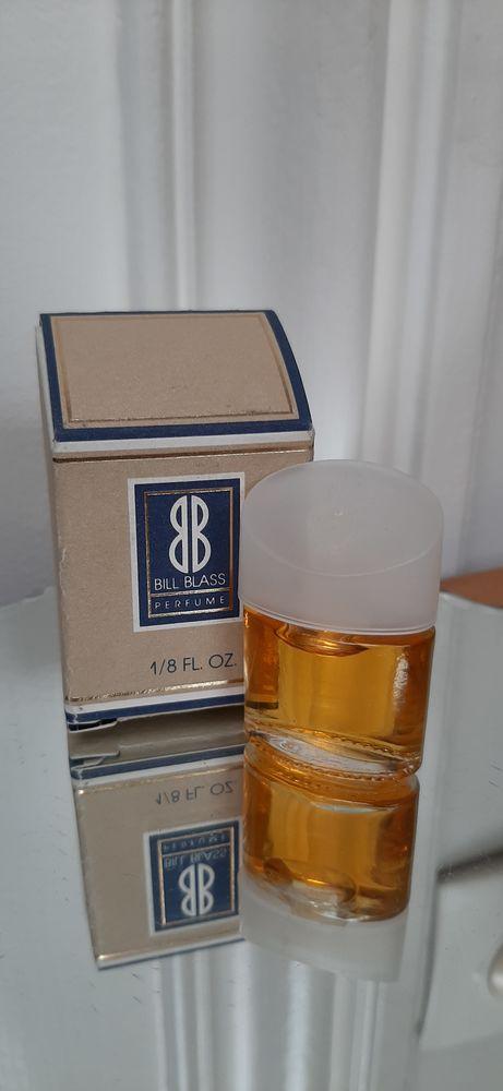 Miniature parfum Bill Blass  4 Lille (59)